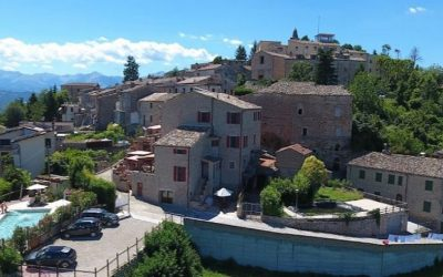 Painting Holiday in Le Marche, Italy June 2021